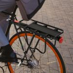 HomCom Suporte de Bicicleta Traseiro com Refletor 58x39x14,5cm Preto - AA0-081
