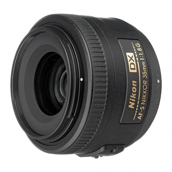 Objetiva Nikon 35mm f/1,8G AF-S DX Nikkor