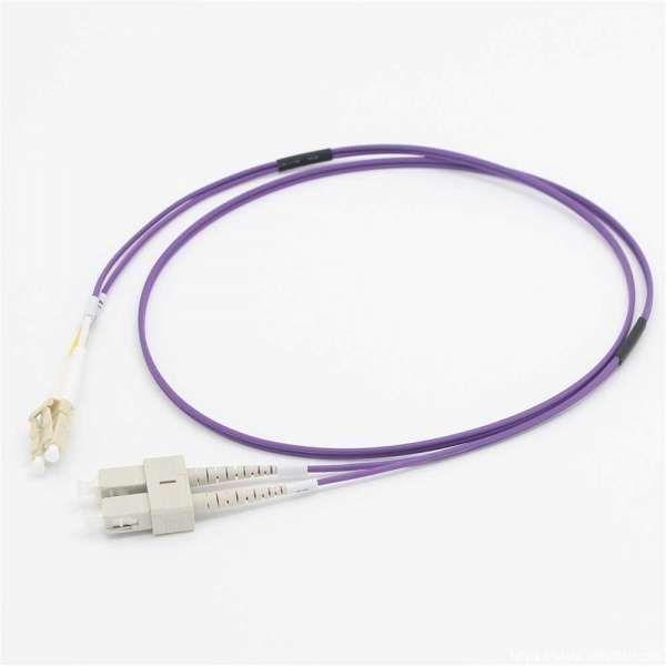 C2G Cbl/2m LC/SC OM4 LSZH Fibre Patch-Viol - 81759
